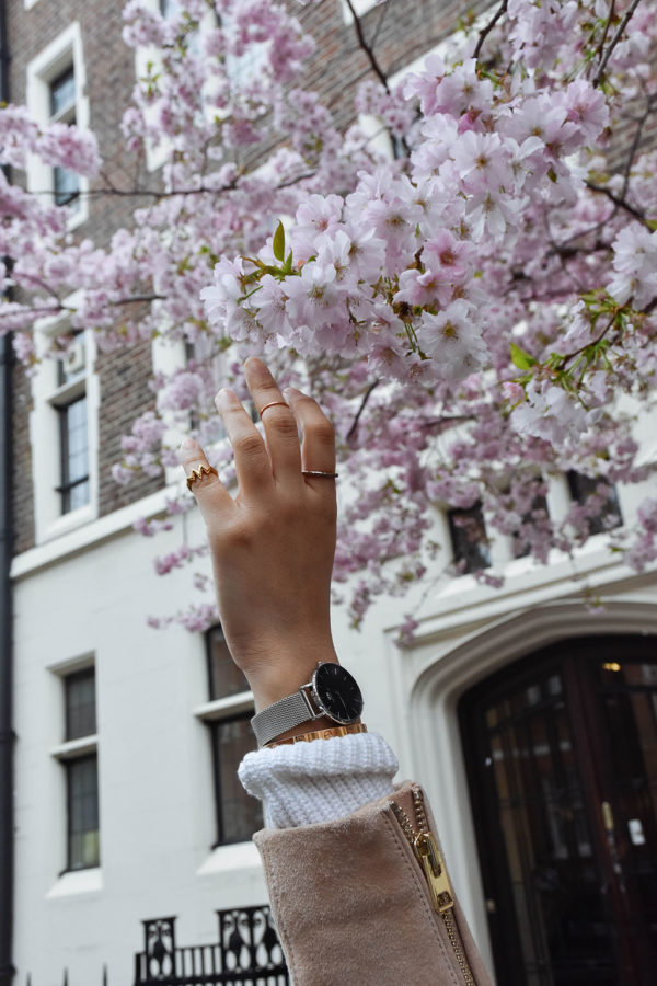 Fashion blogger Shloka Narang of The Silk Sneaker showcases the brand new Daniel Wellington Petite watch with a mesh strap
