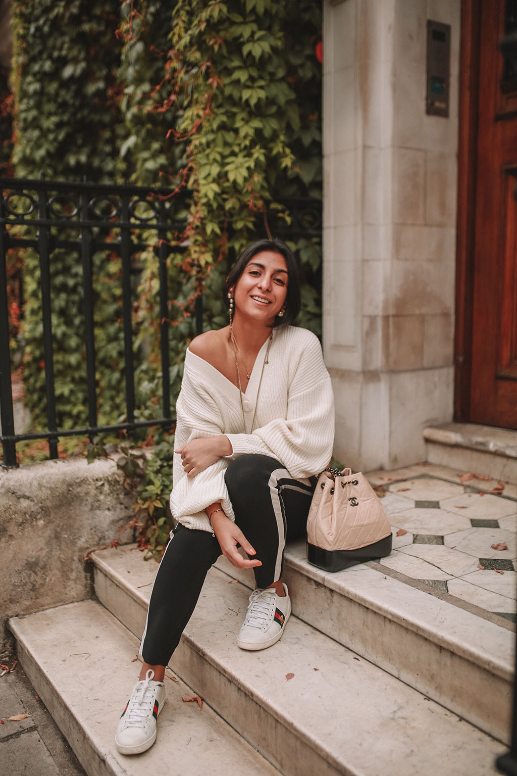 1351345fccc Luxury fashion blogger Shoka Narang of The Silk Sneaker shares how to style  an oversized knit
